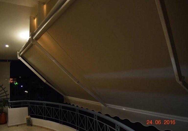 Τέντα με βραχίονες και ειδική κατασκευή οροφής στον Γέρακα | Tentagon